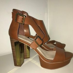 Jessica Simpson platform heels size 11